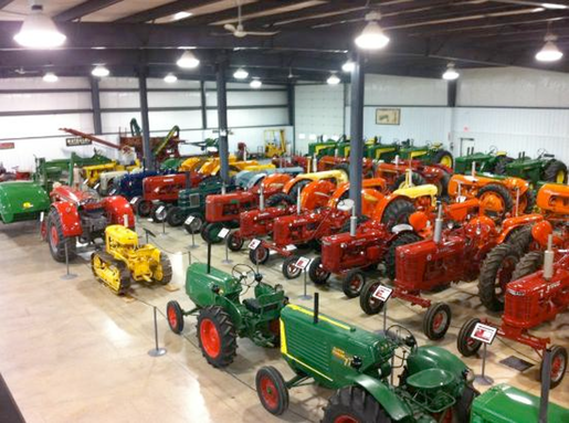 http://media-cdn.tripadvisor.com/media/photo-s/03/1c/d6/cc/canadian-tractor-museum.jpg